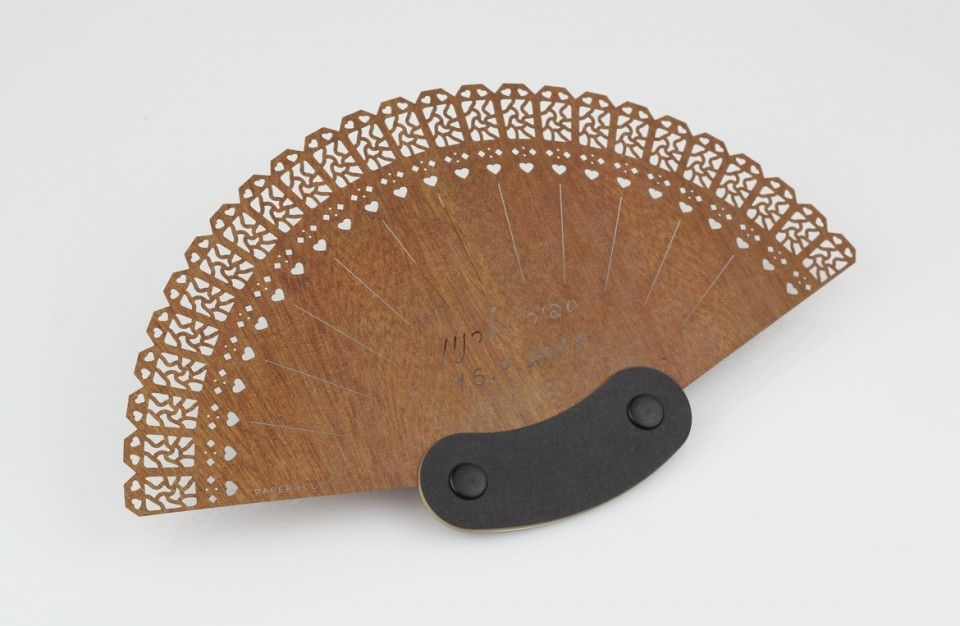 amazing Hand-fan made with laser cutting machine